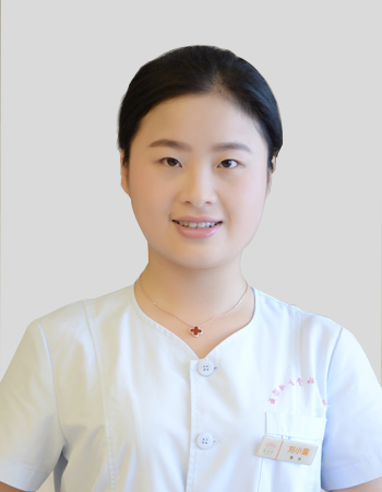 刘小露-成都妇产医院,成都高水平的妇产医院,成都专业的妇产医院,新生堂妇产医院,成都顺产医院,瘢痕子宫,母乳喂养,侧切